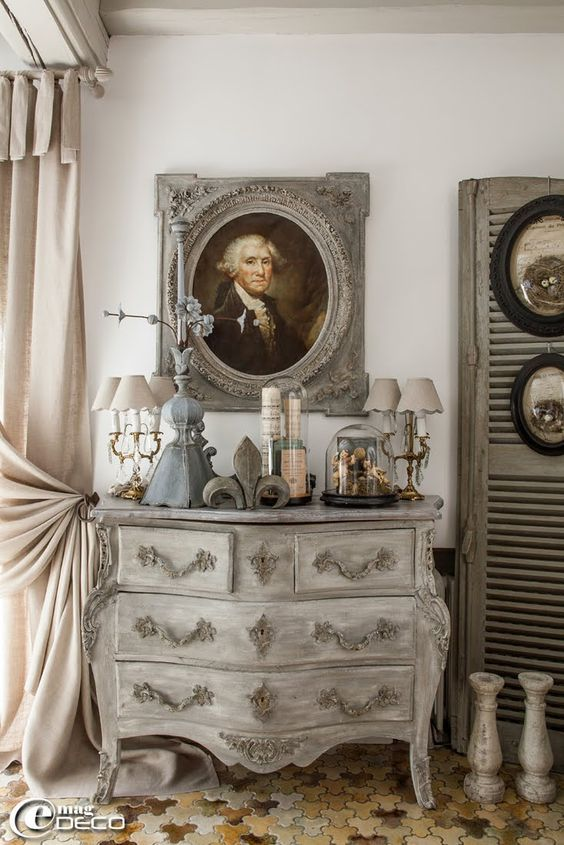 17 best ideas about grey painted furniture on pinterest for Shabby vintage gustavien