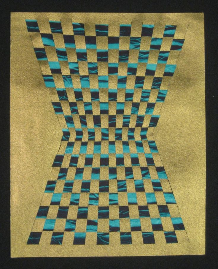 how to make placemats by weaving paper strips