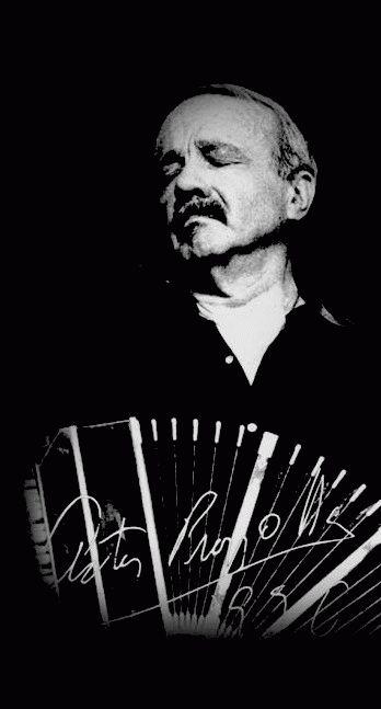 Astor Piazzolla - Bandoneonista y Compositor Argentino