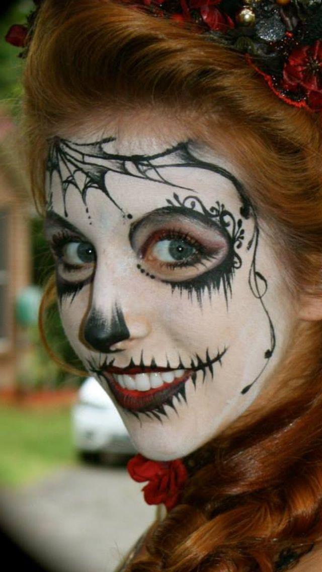 Annie Reynolds Sugar skull black and white