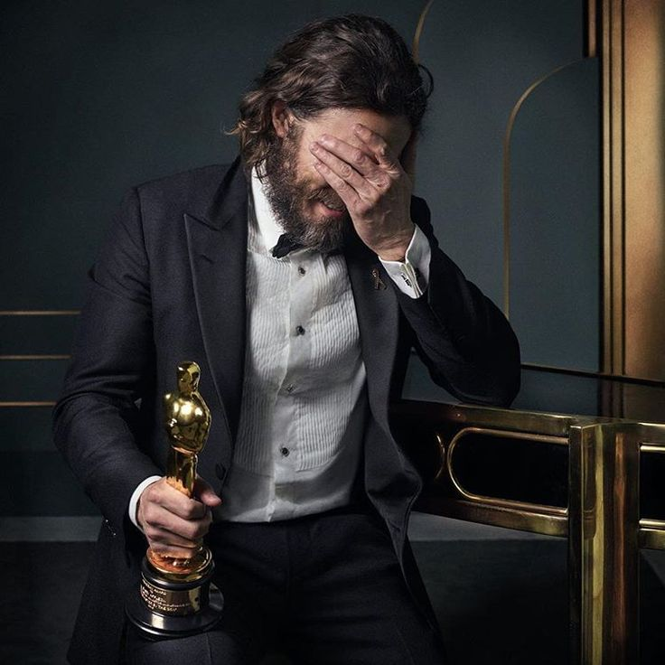 19.5 k mentions J'aime, 444 commentaires – Vanity Fair (@vanityfair) sur Instagram : « : Oscar-winner Casey Affleck inside the 2017 #VFOscars @Instagram portrait studio. See even more… »