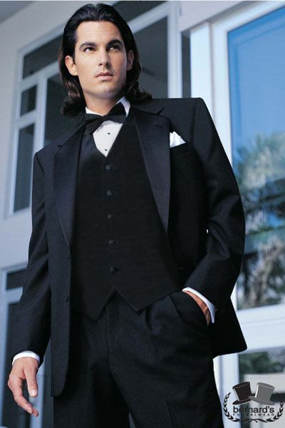 -classic 2 button notch #tuxedo  www.bernardsformalwear.com #bernardstux