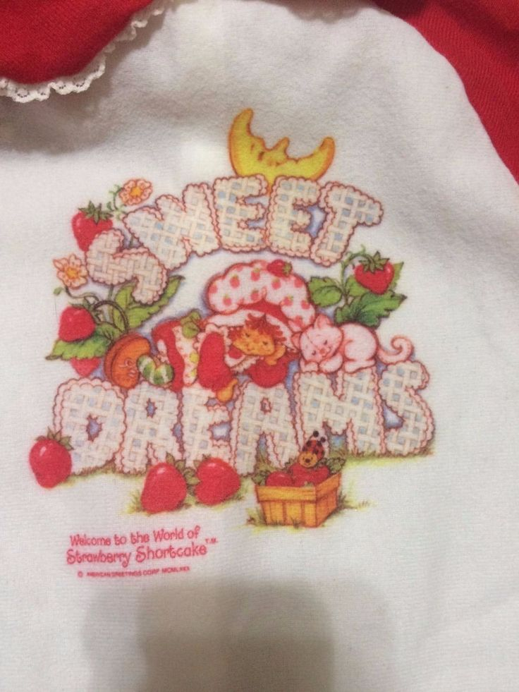 Vintage STRAWBERRY SHORTCAKE pajamas FOOTED PJ'S SIZE 0-13 lbs Cute! in Dolls & Bears, Dolls, By Brand, Company, Character, Strawberry Shortcake, Vintage   eBay