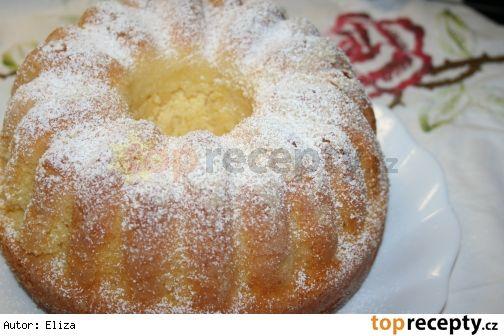 Mňam z tvarohu (hrubá mouka) 5 vajec 150 g Hery (másla) 250 g moučkového cukru 1 vanilkový cukr 500 g měkkého tvarohu 200 g hrubé mouky 1 prášek do pečiva trocha citronové kůry