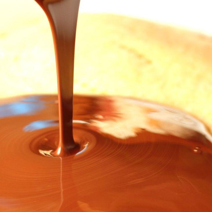 Vastag csokimáz