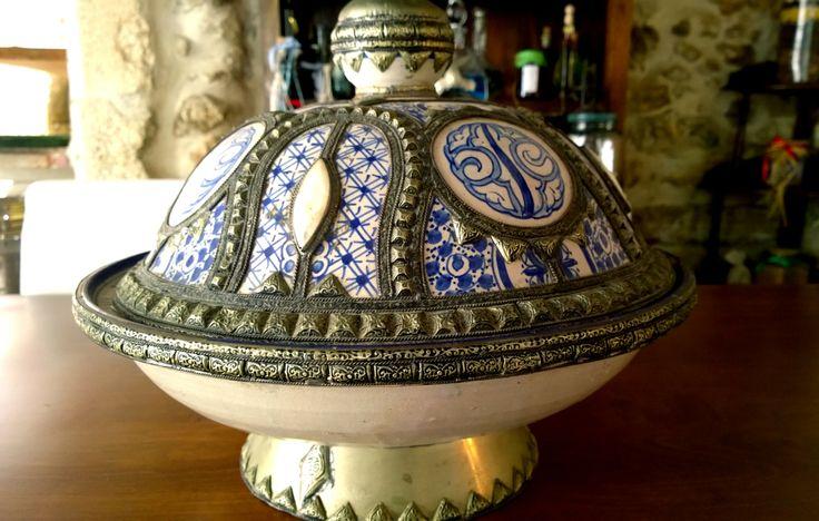 Μαροκάνικη ταζίνα - Παλιό μαγειρικό σκεύος - Γάστρα #Römertopf #Cocotte #Bedourieoven #Sač #Potjiekos #Dutchoven www.avli.gr