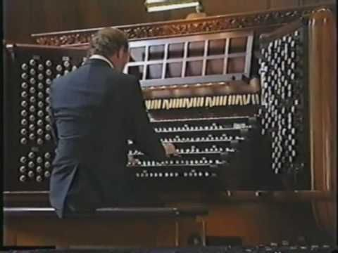 Theater Organ Music on Moller Classical Pipe Organ