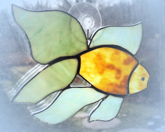 Stained glass fish suncatcher for Stained glass fish