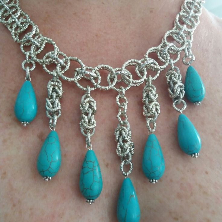 collana chainmaille con gocce diturchese