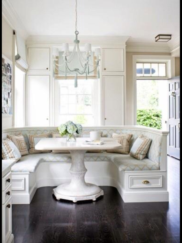17 best images about breakfast nooks on pinterest nooks for 3 sided dining room table