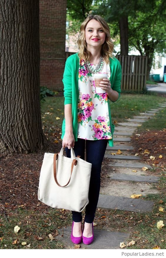 dark-jeans-purple-high-heels-floral-top-and-green-cardigan