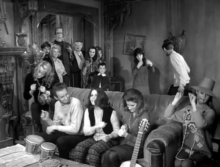 """THE MUNSTERS - Jack Marshall - The Standells -Yvonne De Carlo - """"Far ..."""