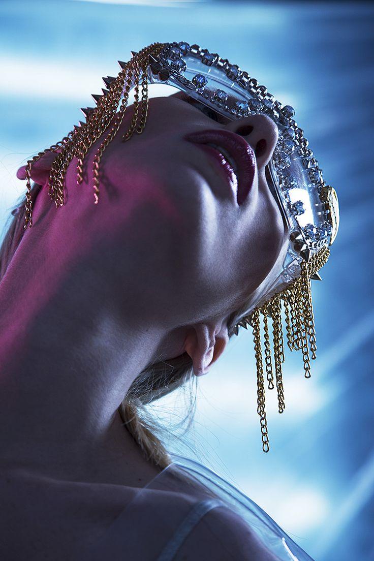 "VIEW ""Dragonfly"" SERIES: http://bit.ly/1zzSaCj Photographer: Anna Grodskaya & Danila Romankov Designer: Julia Che Model: Yulia Drunk"