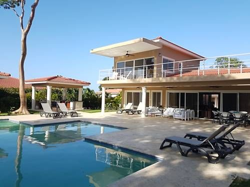 Elegant and well Furnished in Gated Community Sosua Elegant and well Furnished in Gated Community is a detached villa situated in Sos?a in the Puerto Plata Province Region and is 2.1 km from Sos?a. The property boasts views of the pool and is 9 km from Cabarete.