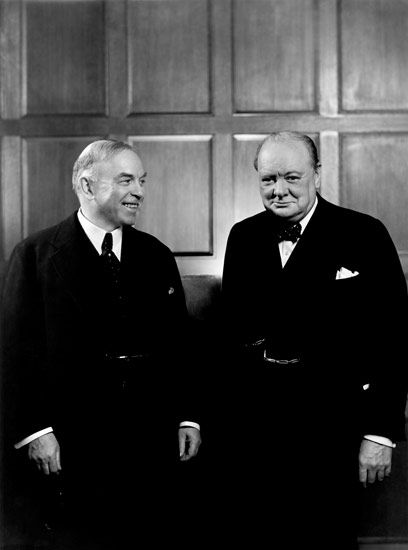 William Lyon Mackenzie King and Winston Churchill, 1941 © Yousuf Karsh.