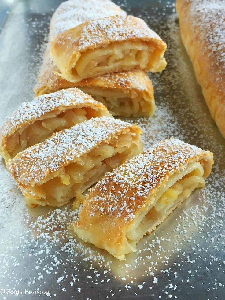 Кулинарные моменты: Творожный рулет с яблоками