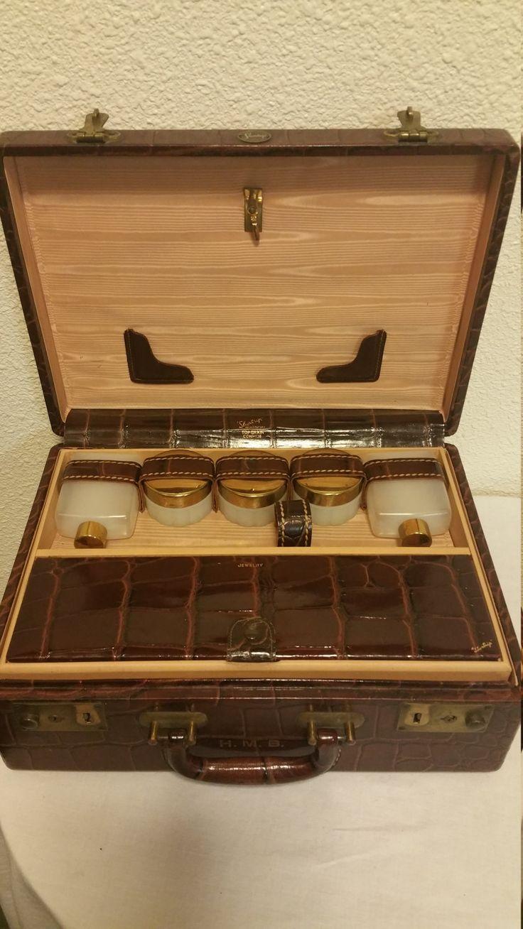 Vintage,Leather,Train cosmetic case,Faux Crocodile