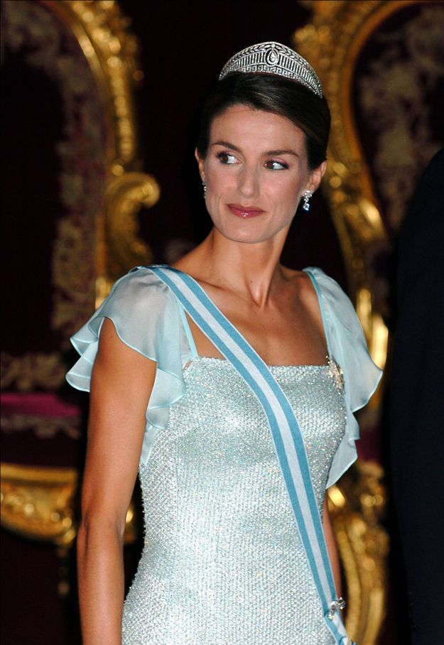 60 best images about Royal Tiaras, Spain on Pinterest ...