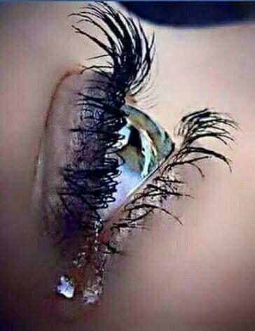 Se una persona cambia è perché ha chiuso le porte del cuore e ha aperto gli occhi