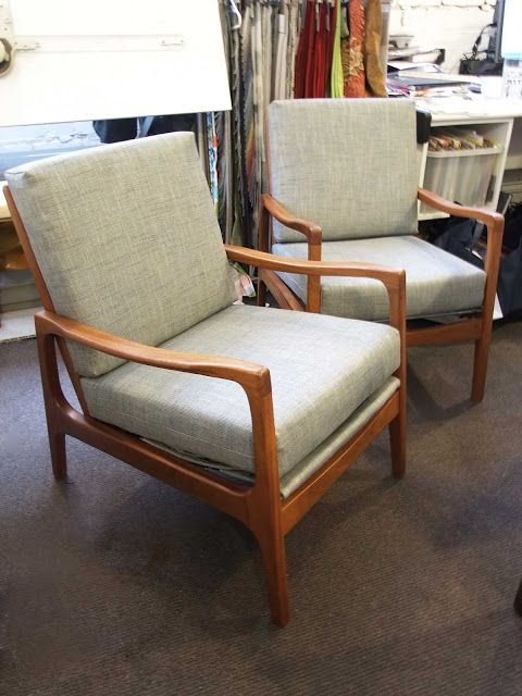esdesign: Mahogany Chair Frame Upholstery - Complete!