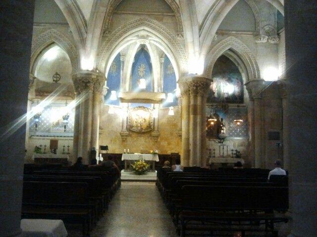kerk onder sagrada