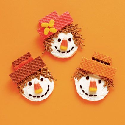 Sweet Scarecrows: Halloween Desserts, Ideas, Fall Recipes, Holidays, Fall Treats, Scarecrows Cookies, Thanksgiving, Scarecrows Cupcakes, Sweet Scarecrows