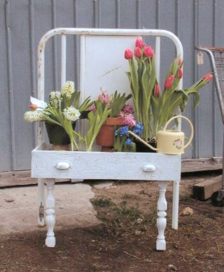 204 best garden art images on pinterest garden art yard for Upcycled garden projects from junk