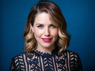 VIDEO: How Does Sophia Bush's Worst Job Compare to Yours?