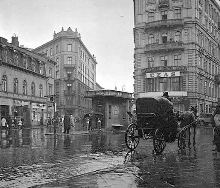 Warszawa - skrzyżowanie Brackiej, Chmielnej, Szpitalnej i Zgody (2 poł. lat 30-tych).