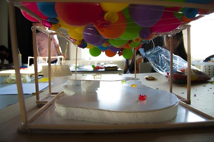 ''Hayal Et, Tasarla, Tartış'' atölyesinde üretilen öğrenci projeleri, SALT Galata, Ekim 2012
