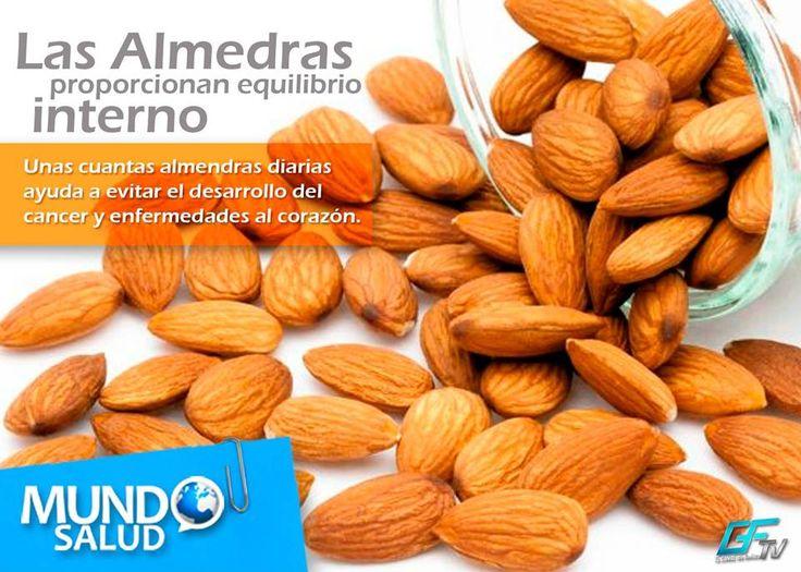 ¡Añade a tu dieta Almendras! Tiene vitamina E que ayuda a combatir el envejecimiento.