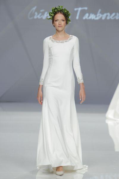 Vestidos de novia con pedrería 2017: Deslumbra a todos invitados el día de tu boda Image: 7