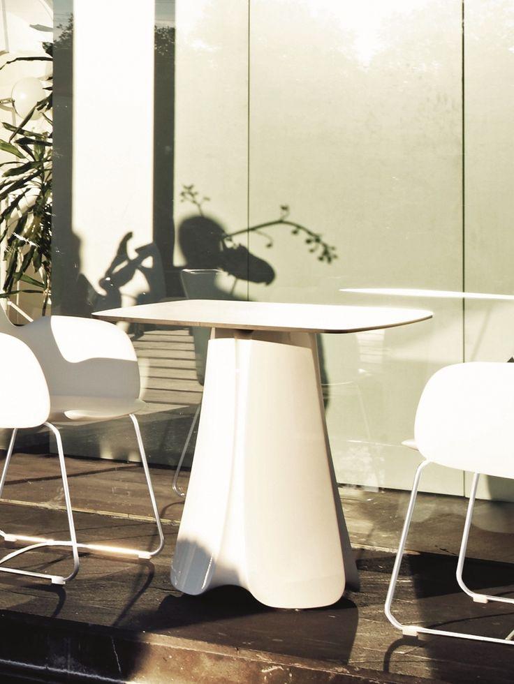 Der Garten Stuhl Pezzettina Von Vondom   Weiches Design Mit Edelstahlbeinen  In Der Farbe Der Sitzschale. Hier Bequem Online Bestellen!