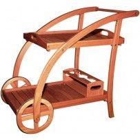 Carrello di servizio in legno massello Balau con doppio ripiano e ruote rivestite di gomma antiscivolo.