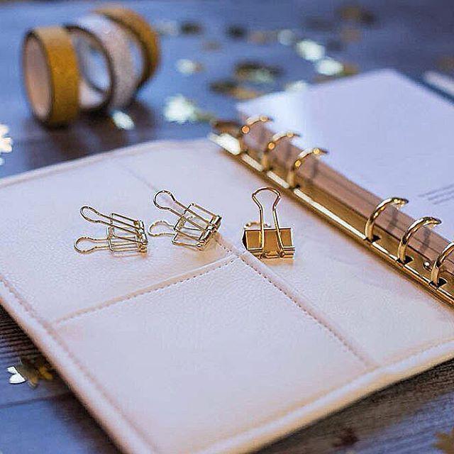 Планировщик в наличии: Белая обложка, золотая фурнитура Формат: Мини #планировщик #ежедневник #еженедельник