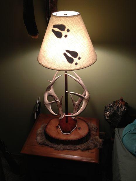 DIY: Antler Mount Lamp...this is kinda cool