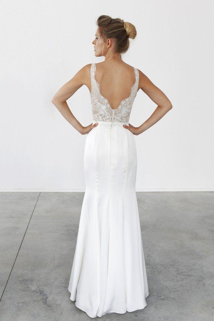 29 best Wedding dresses images on Pinterest | Wedding frocks ...