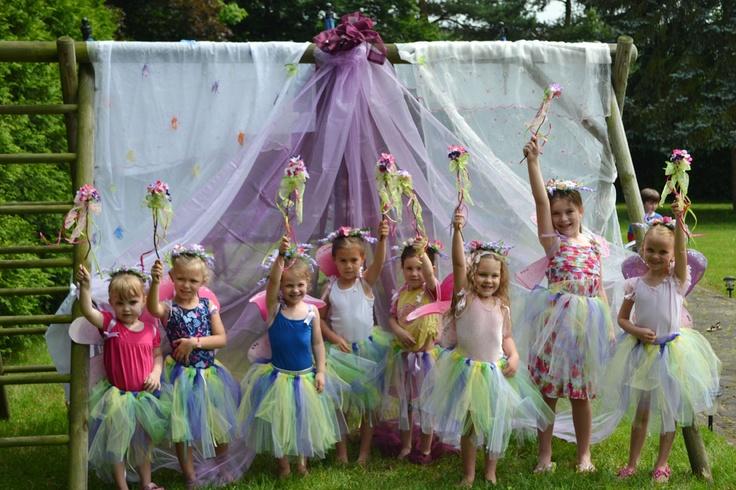 Gorgeous!!  Fairy Garden Party (sunnybydesign.blogspot.com)