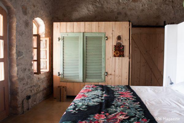 villa olivio master bedroom