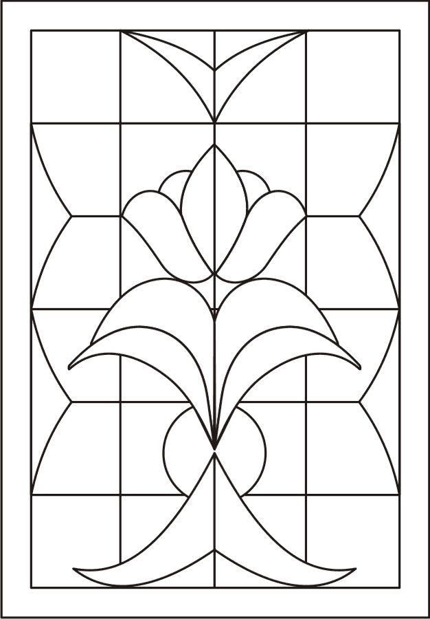 рисунок витража на бумаге готическая каллиграфия отличается