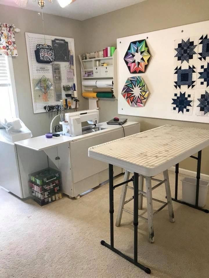 Need To Have A Small Design Wall Near The Sewing Area For Small Projects Or Blocks Smallroomdesi Small Sewing Rooms Sewing Room Inspiration Sewing Room Design