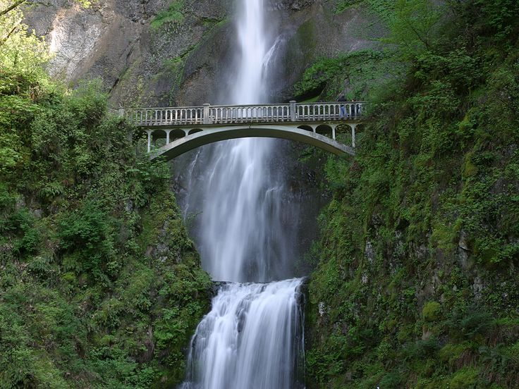 Multnohamah Falls in Oregon right outside of Portland :-)