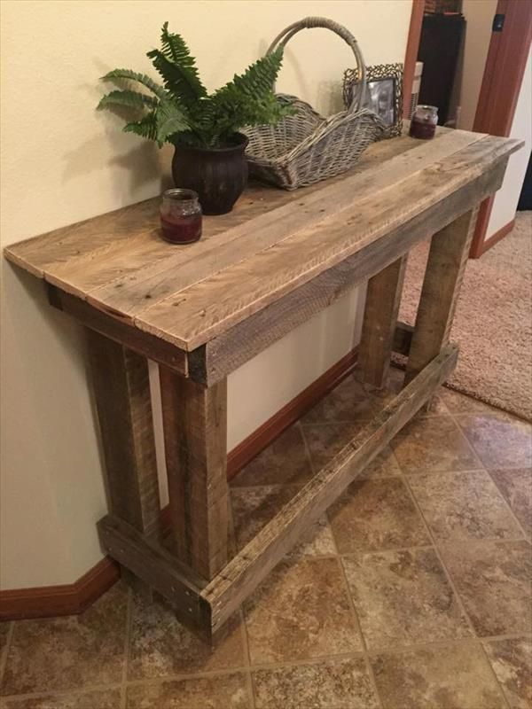 Lovely DIY Rustic Wooden Pallet Console Tables
