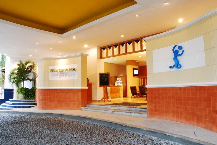 Entrada-Hotel Villapremiere