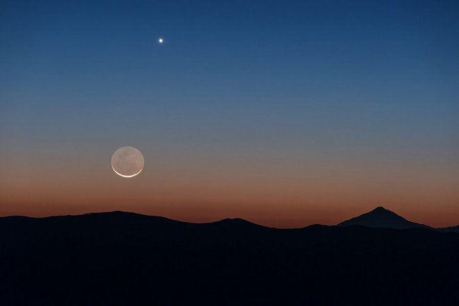 Crescent Moon & Venus by European Southern Observatory photographer Yuri Beletsky. SPACE.COM