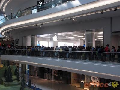 Second Apple Store Opened In Hong Kong, Located At Festival Walk, Kowloon Tong - #Apple #Store #iPad #iPhone #iPod #MacBook #HongKong #Kowloong #Second #Follow