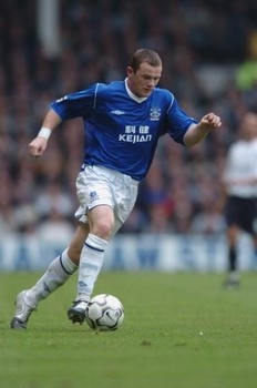 Wayne Rooney hopes to end his career back home at Everton