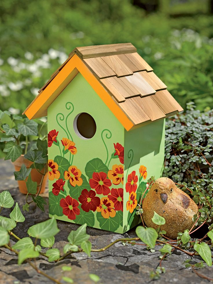 96 best painted birdhouse ideas images on pinterest for Bird feeder ideas
