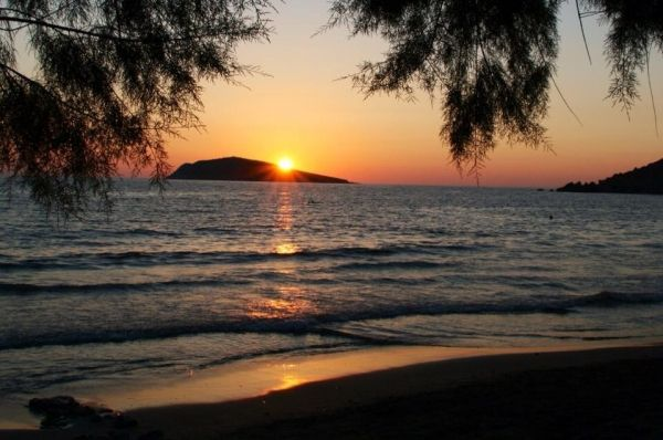 Sunset at Kantouni Beach