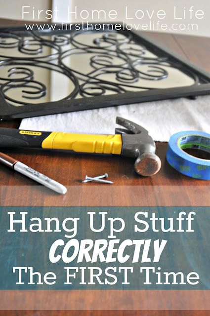 How to hang pictures - the EASY way!  Now that I have to rehang photos after the kitchen remodel, I need this.